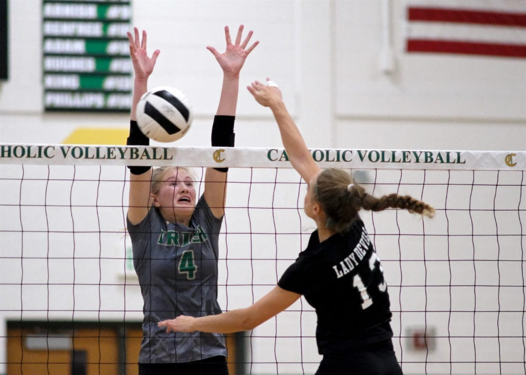 5Star_Cath_Green_Volley 15