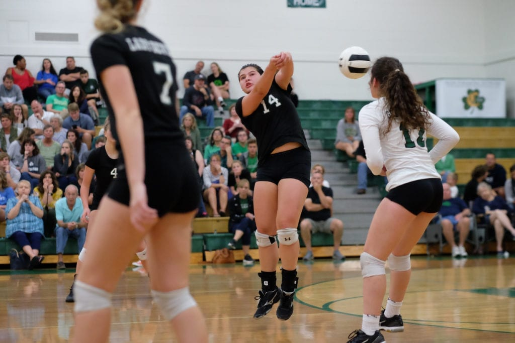 5Star_Cath_Green_Volley 25