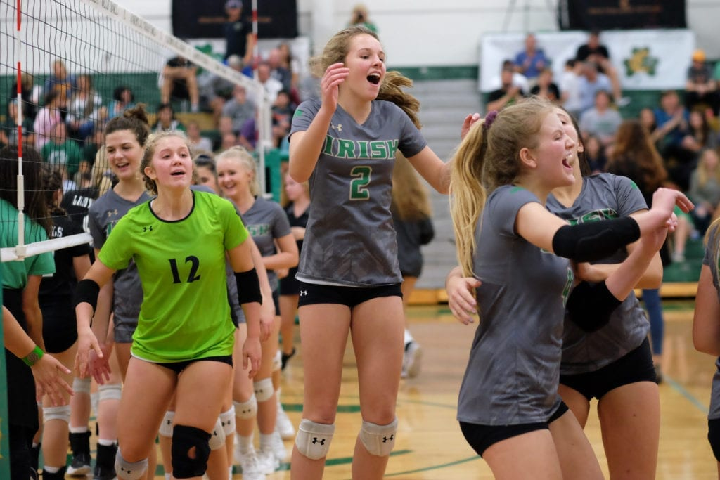 5Star_Cath_Green_Volley 38
